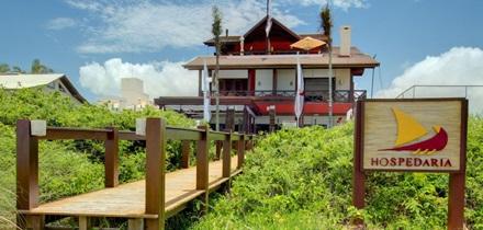Image shows photo of a hostel symbolizing hosting sites